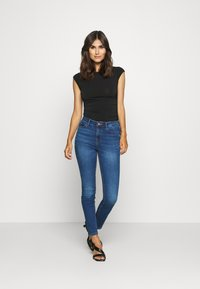 Guess - Skinny džíny - blue denim - 1