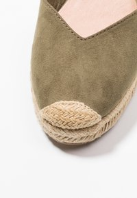 Tamaris - Platform sandals - khaki - 2
