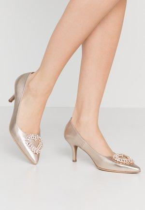 BENETT - Classic heels - etoile juliet