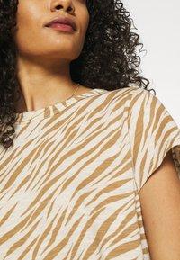 Banana Republic - COZY SLUB CREW - Print T-shirt - beige/light brown - 4