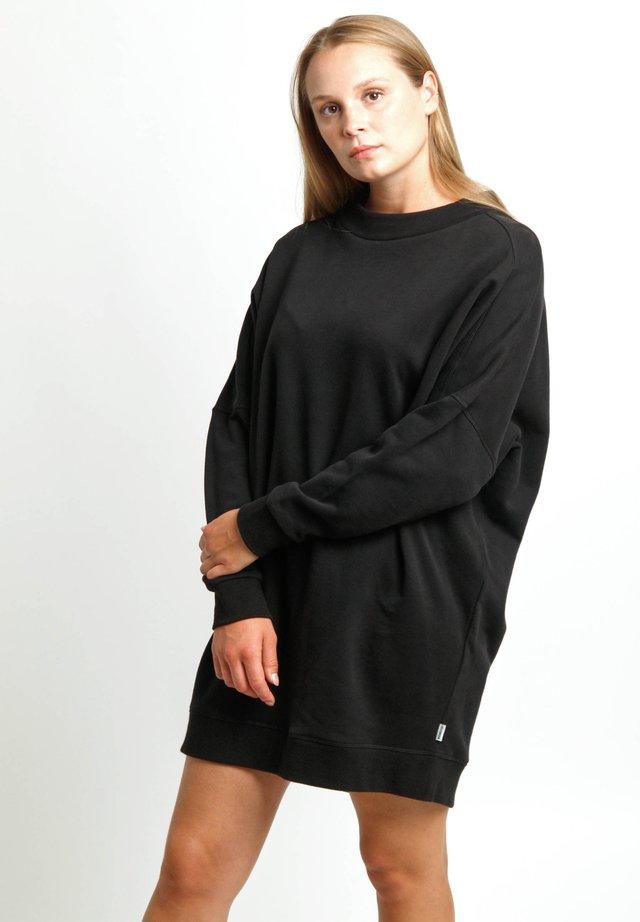 ZOE - Day dress - black
