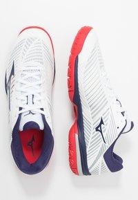 Mizuno - WAVE EXCEED TOUR 3 - Multicourt tennis shoes - white/astral aura/tomato - 1