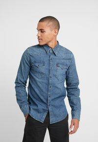 Levi's® - BARSTOW WESTERN - Shirt - bruised indigo mid - 0
