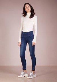 Patrizia Pepe - Jeans Skinny - mid blue - 1