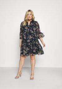 Vero Moda Curve - VMKAY DRESS - Sukienka letnia - navy blazer - 1