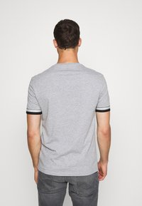Pier One - T-shirt con stampa - grey - 2