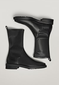 Massimo Dutti - Classic ankle boots - black - 1