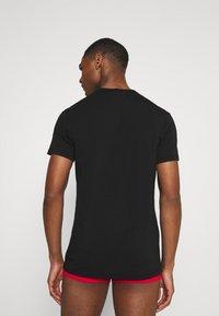 Versace - 2 PACK - Undershirt - black - 2