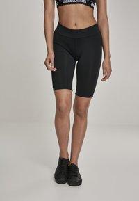 Urban Classics - Shorts - black - 0