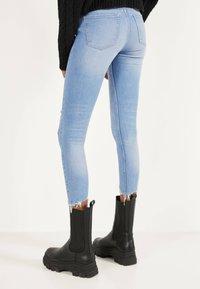 Bershka - Jeans Skinny Fit - blue - 2