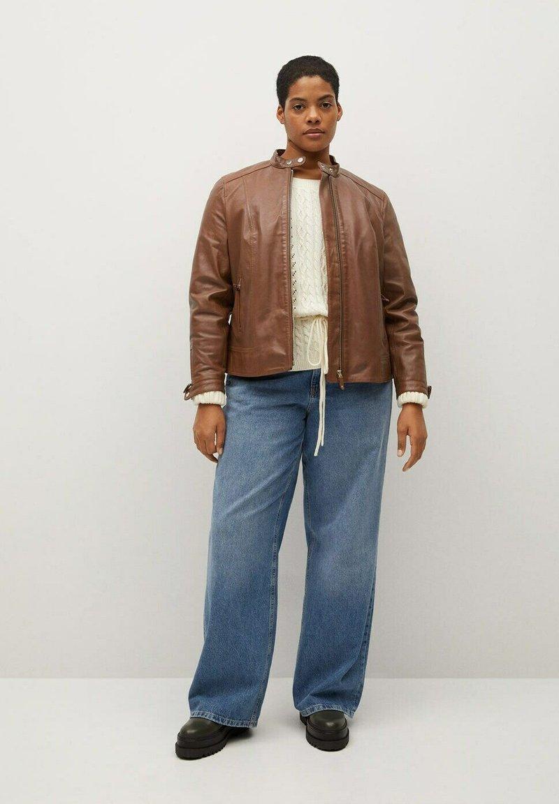 Violeta by Mango - CHELASEA - Leather jacket - marron moyen