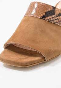 Hash#TAG Sustainable - Heeled mules - light brown - 2