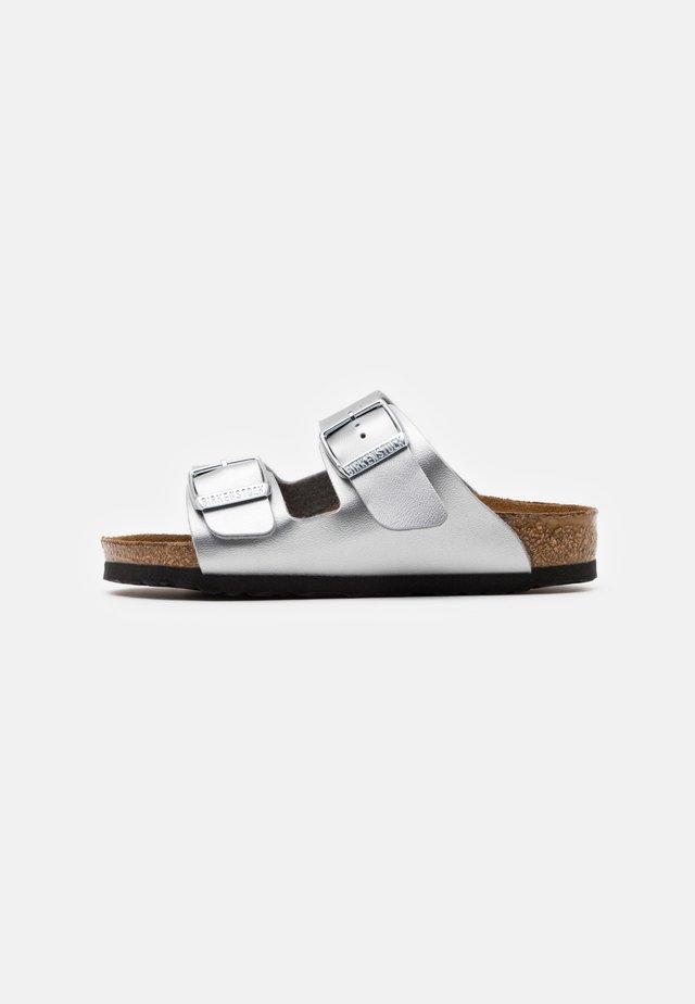 ARIZONA - Pantoffels - silver