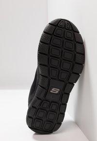 Skechers Sport - TRACK SCLORIC - Baskets basses - black - 4