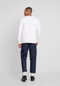 Nike Sportswear - Långärmad tröja - white - 2
