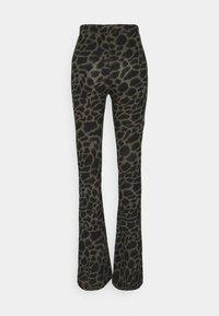 Noisy May Tall - NMSOFIE PASA FLARED PANTS  - Trousers - dusty olive/leo - 1
