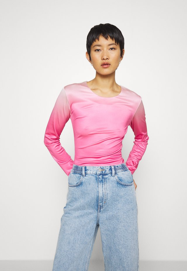 RILEY LONG SLEEVE - Camiseta de manga larga - pink dip dye