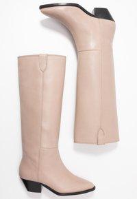 Royal RepubliQ - HUNTER HIGH BOOT - Boots - clay - 3