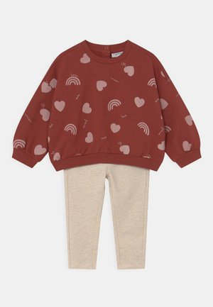 SET - Tracksuit - barn red