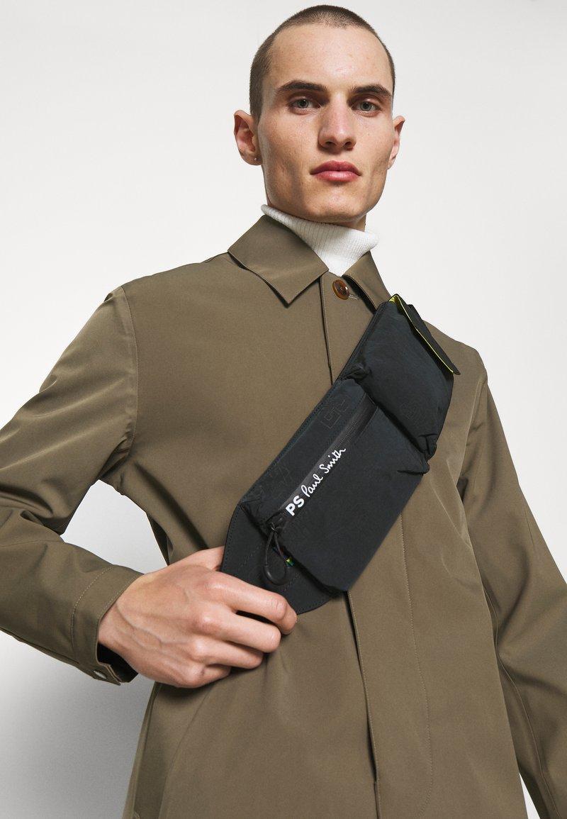 PS Paul Smith - MEN BAG BELT BAG VARS UNISEX - Bum bag - black