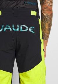 Vaude - ME VIRT SHORTS - Sports shorts - bright green - 3