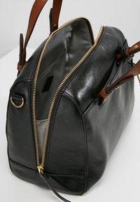 Fossil - RACHEL SATCHEL - Handtasche - black - 4