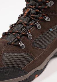 Hi-Tec - STORM WP - Chaussures de marche - dark chocolate/dark taupe/burnt orange - 6