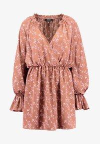Missguided - PURPOSEFUL PLUNGE FRILL SLEEVES MINI DRESS - Day dress - blush - 5