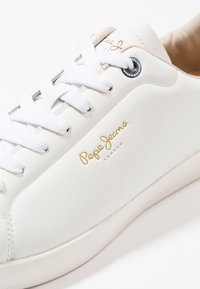 Pepe Jeans - ROLAND - Trainers - white - 5