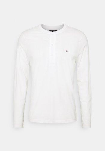 CLASSIC HENLEY - Maglietta a manica lunga - ecru