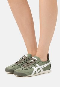 Onitsuka Tiger - MEXICO 66 - Sneakers basse - mantle green/cream - 0