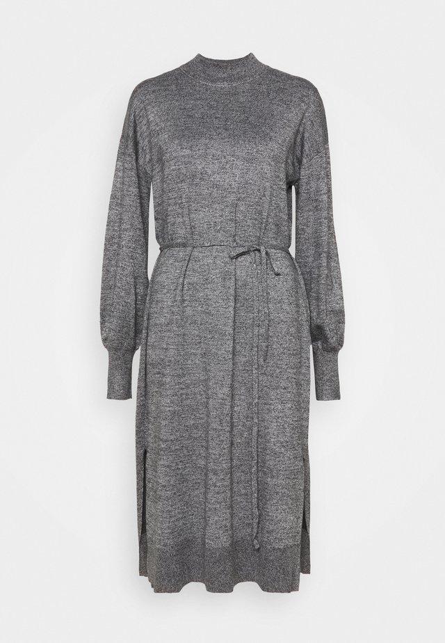 DRESS MIMMIE - Vestido de punto - nearly black