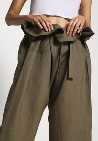 esmé studios - SUSAN FISHERMAN PANTS - Trousers - dusky green - 4