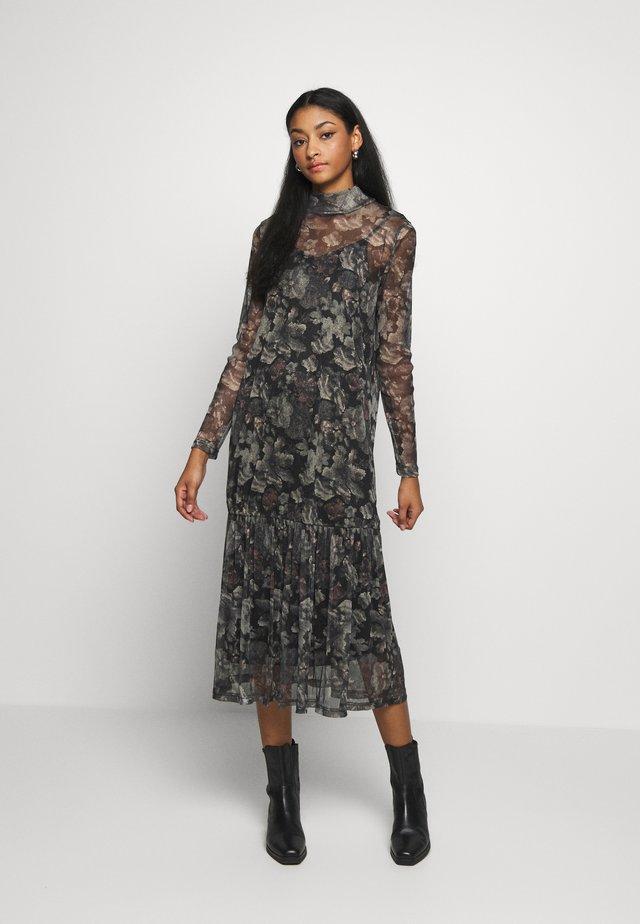 LOVILLE - Day dress - black