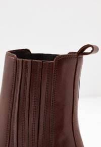 Zign - Classic ankle boots - dark brown - 2
