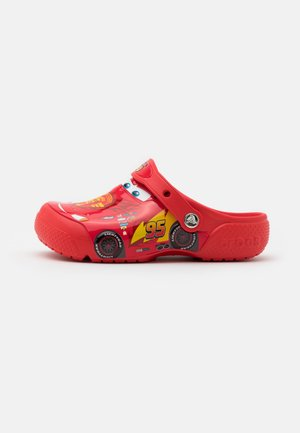CROCSFUNLAB DISNEY PIXAR CARS CLOG - Pool slides - flame