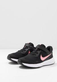 Nike Performance - REVOLUTION 5 - Neutral running shoes - black/sunset pulse - 3
