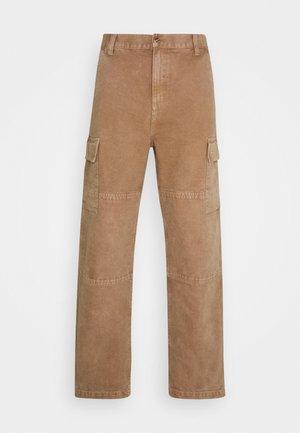 KEYTO PANT DEARBORN - Pantalones cargo - hamilton brown