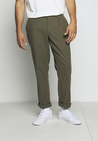 Jack & Jones - JJIMARCO JJLINEN AKM - Broek - olive night - 5