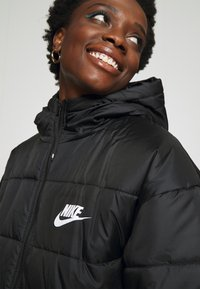Nike Sportswear - CLASSIC - Winter jacket - black/white - 6