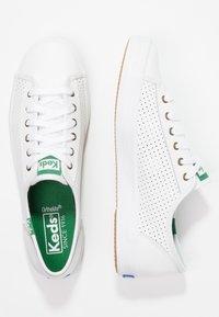 Keds - KICKSTART LEATHER - Sneakersy niskie - white - 2