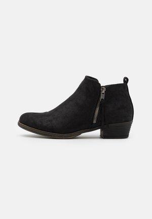 POPEE - Ankelboots - black