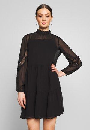 VMINGEBORG SHORT DRESS - Denní šaty - black