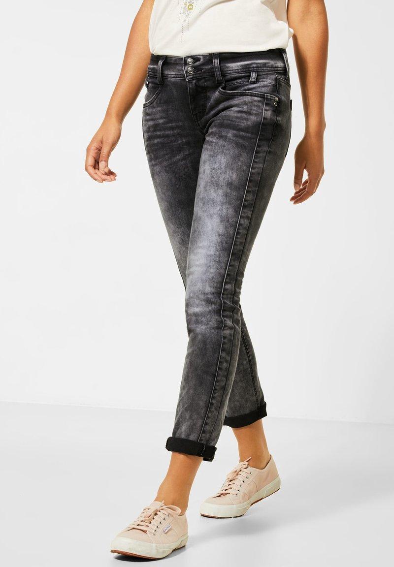 Street One - GRAUE  - Slim fit jeans - schwarz