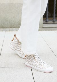 See by Chloé - ARYANA - High-top trainers - natural - 0