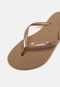 Havaianas - SLIM CRYSTAL SWAROVSKI - Pool shoes - rose gold - 3