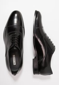 KARL LAGERFELD - URANO OXFORD LACE SHOE - Business sko - black - 1