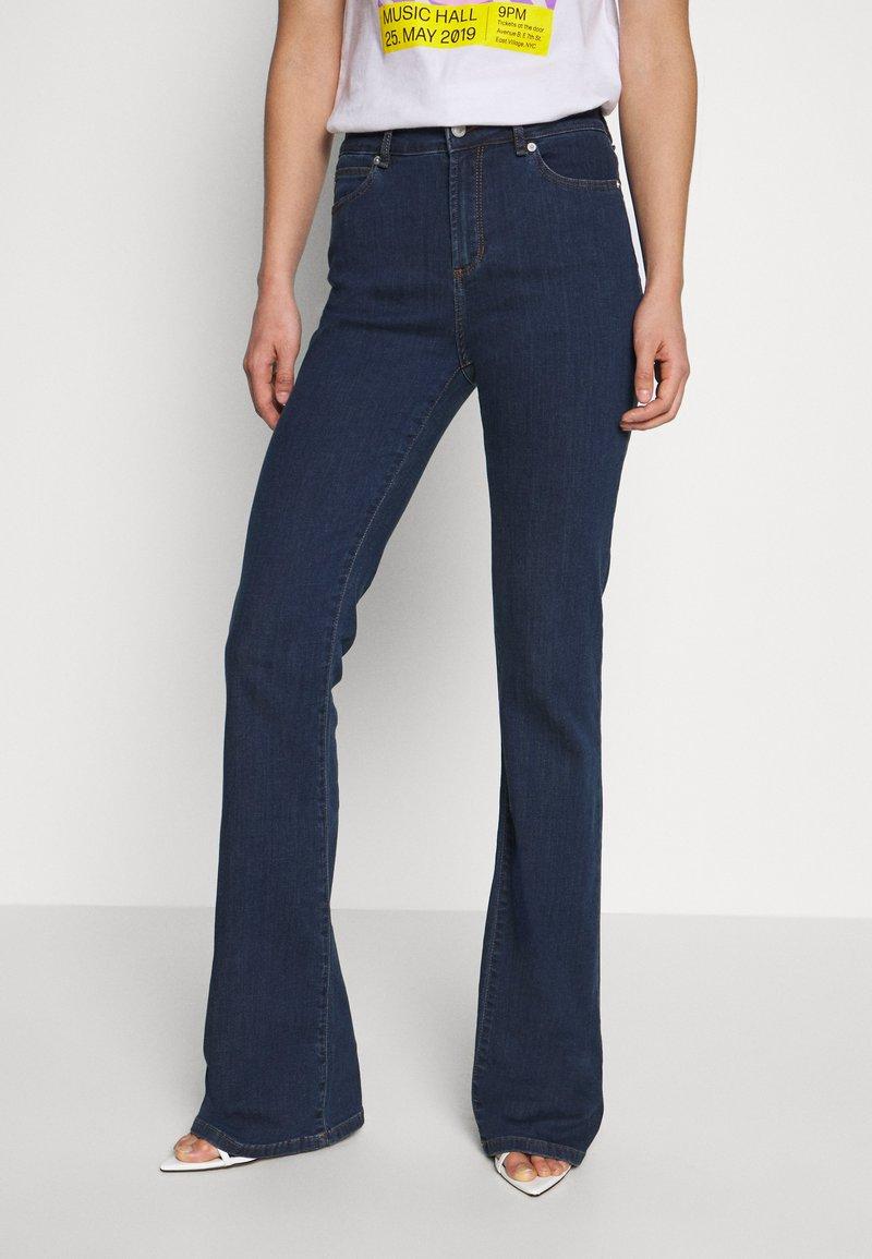 Ivy Copenhagen - TARA WASH - Široké džíny - denim blue