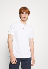 Nike Sportswear - THE SLIM  - Polotričko - white - 0
