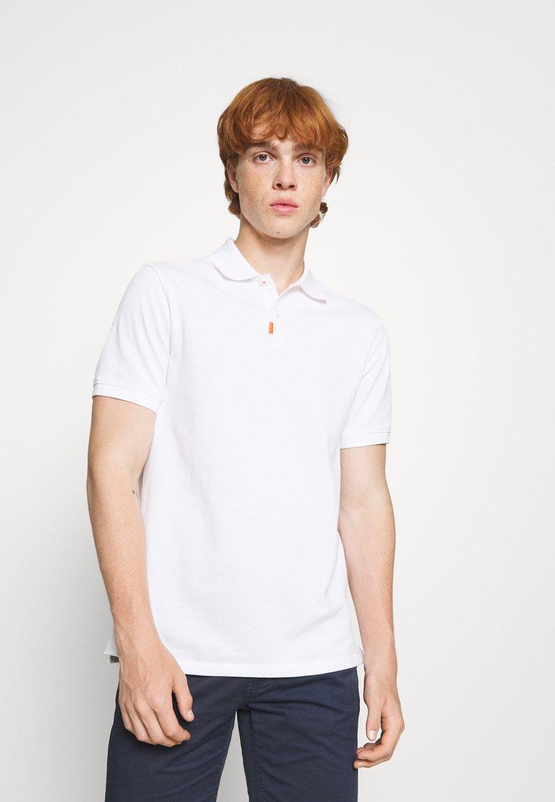Nike Sportswear - THE SLIM  - Polotričko - white